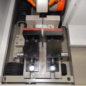 Sistema de morsas da cortadora